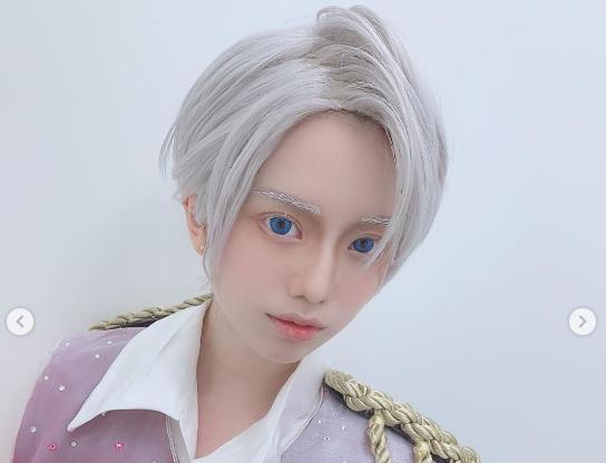 弘中綾香アナ「男装コスプレ公開」も「Mattにしか見えない」!?